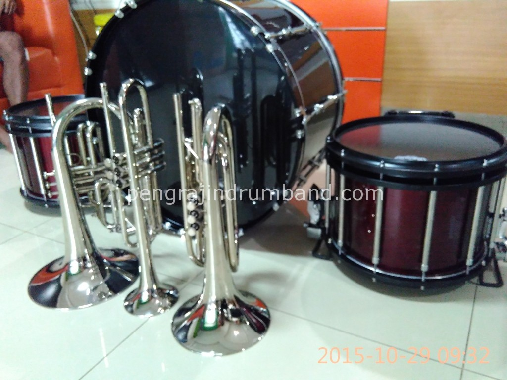 pusat alat drumband