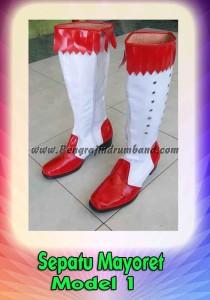 httppengrajindrumband.comwp-contentuploads201208jual-baju-drumband-kostum-drumband-seragam-drumband-maluku. sepatu